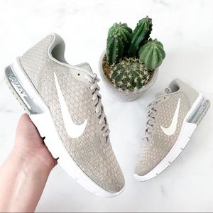 Woman's Nike Air Max Sequent 2 Sneakers